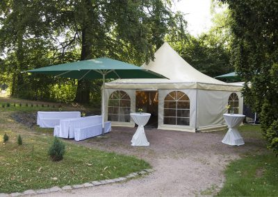 front-Dippelshof-Pageodenzelt