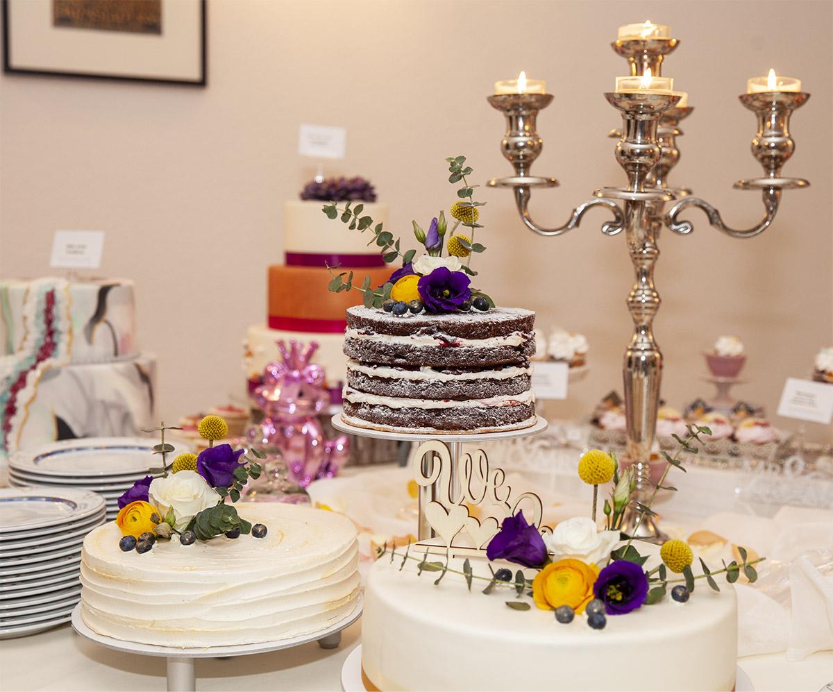 Beispiel Hochzeitstorten von Konditorei Süße Träume – Monika Marga